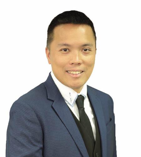 黃俊明 先生